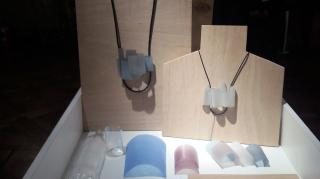 Joyería contemporánea made in Argentina realizada con PET